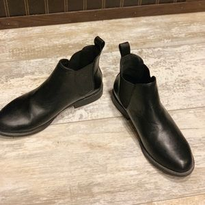 SIZE 8, BLACK ANKLE BOOTS, H&M
